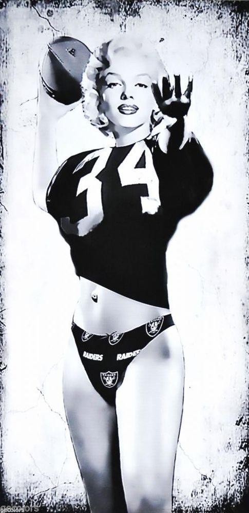 """Marilyn Monroe Oakland Football Fan Canvas Print (16""""X8"""") Raiders Jersey B&W"""