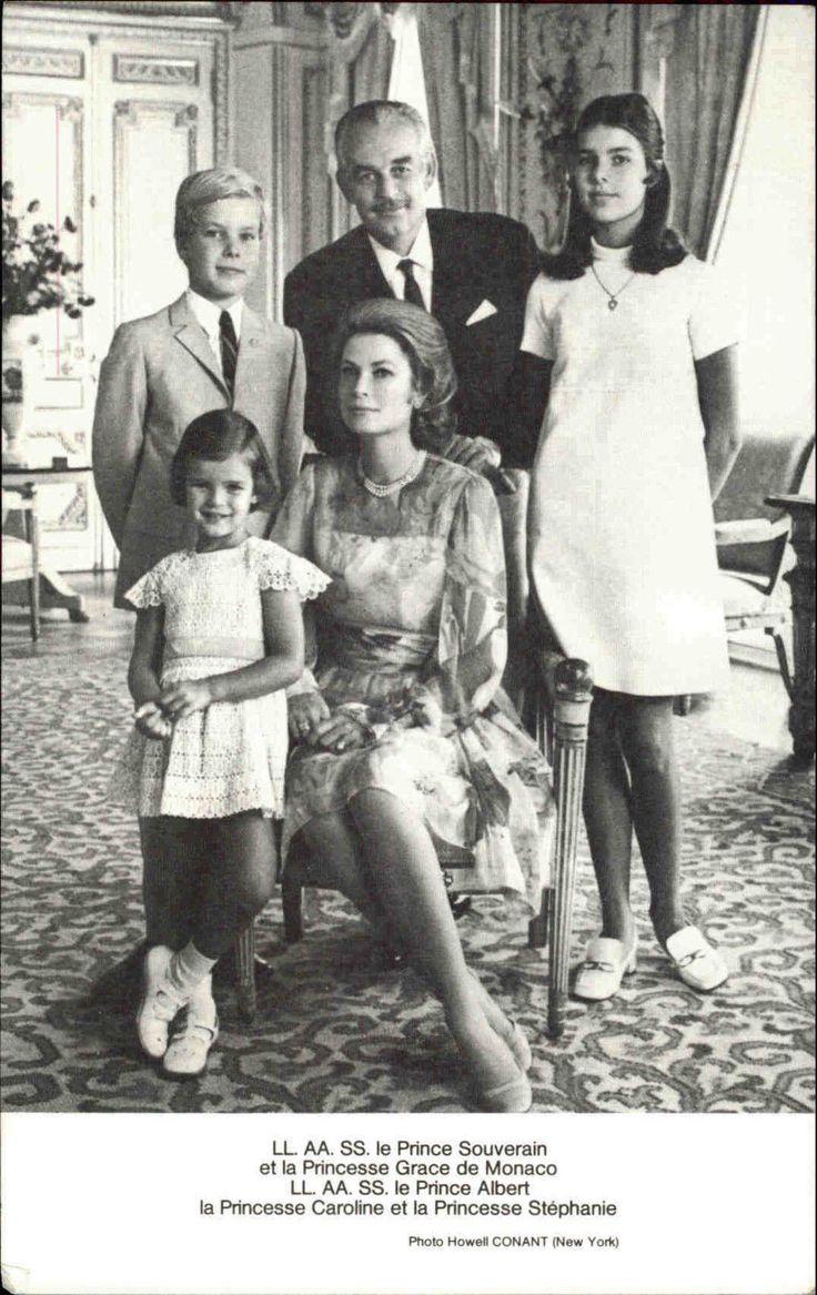 Prinzessin Caroline, Stéphanie Fürstin Grace Prinz Albert und Fürst Rainier III von Monaco