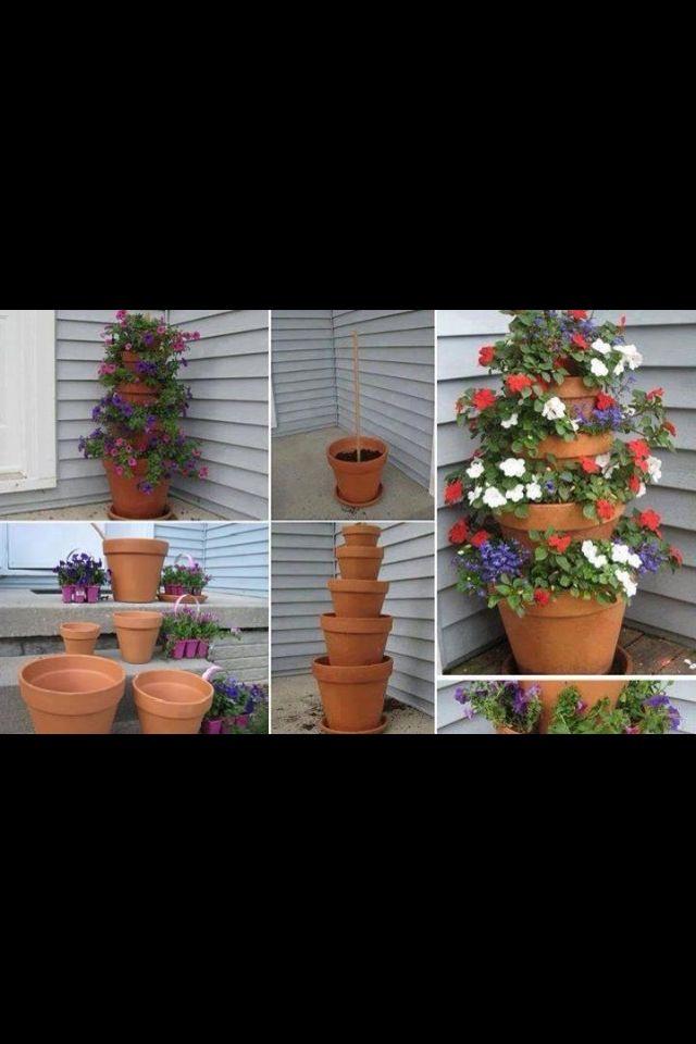 Titel: Tuinpotten  idee Bron: http://www.inspirelifetime.com/other/101-useful-diy-project-for-your-home-1/ #DIY #potjes #bloemen #teracotta