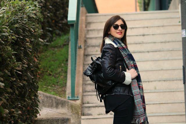 La Borsa di Martina: Tartan scarf & shearling coat: per un inverno cald...