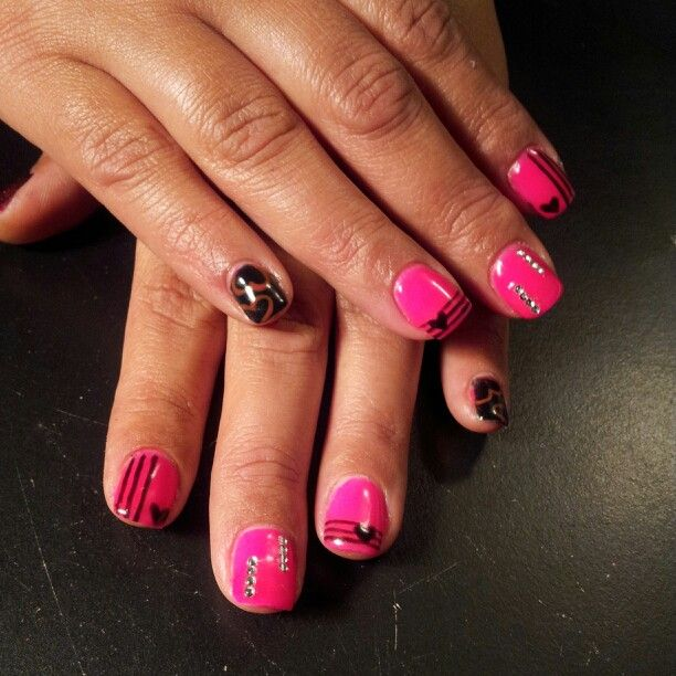 Pink and black gel nails | Acrylic & Gel nails | Pinterest