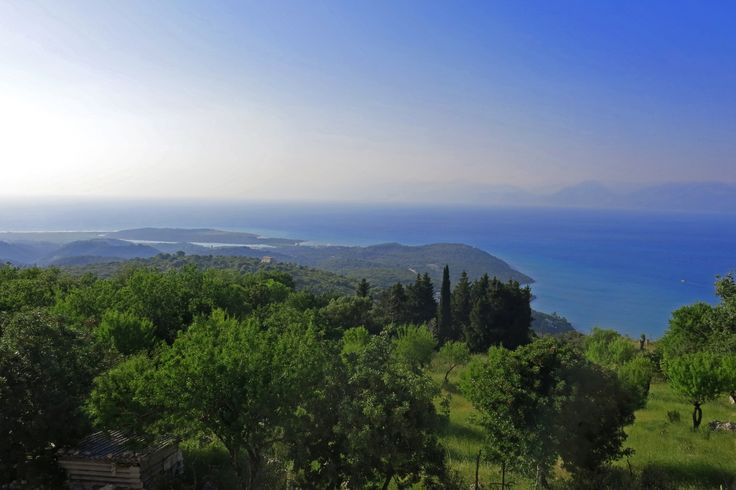 The amazing view on Corfu that you get from villa Agalia.