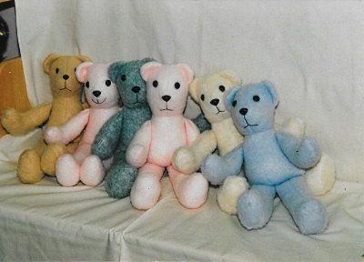PDF Teddy Bear pattern & instruction Teddy Bear multicolor! Easy to do.
