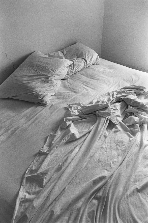 Lilo Raymond http://www.riusodecor.com/vuoi-un-letto-invitante-il-segreto-e-nelle-lenzuola/