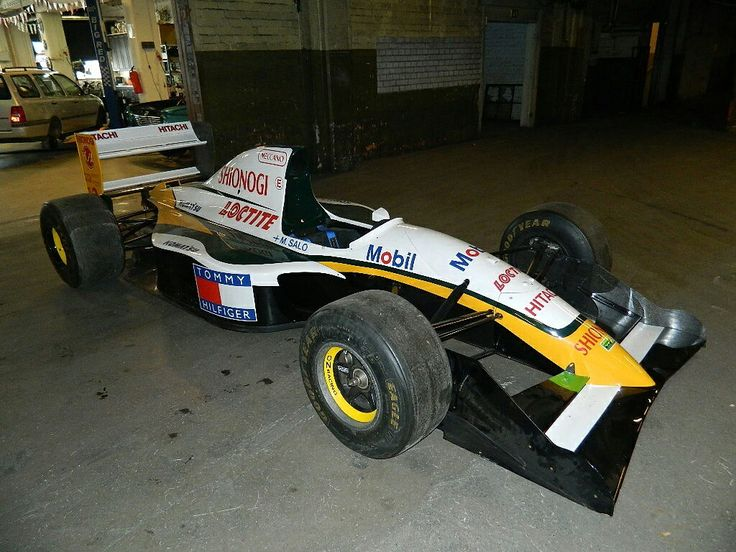 F1 Lotus 107C - 93 SOLD