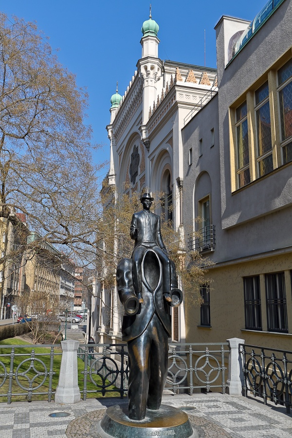 Franz Kafka statue, Praha