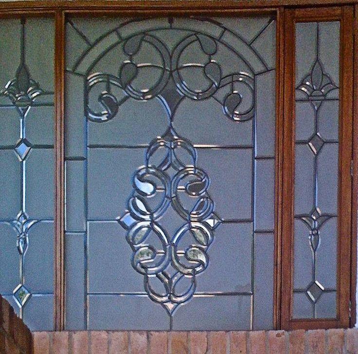 1000 ideas sobre vidrio biselado en pinterest vidrio de for Modelos de puertas madera con vidrio
