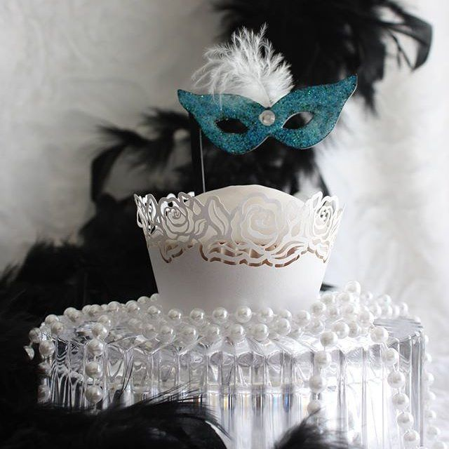 I made these gorgeous masquerade cupcake toppers for someone's special day this colour was my favourite. available in Larger size