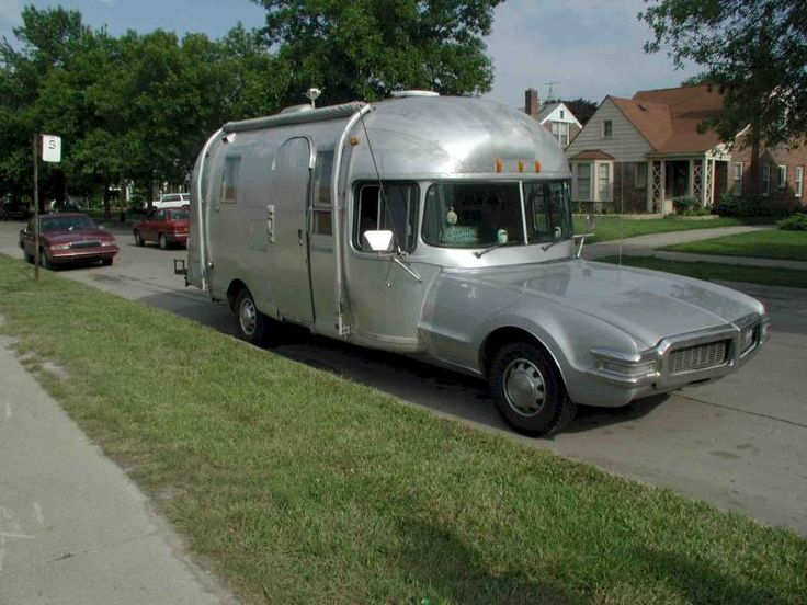 Vintage airstream motorhomes got an airstream motorhome for Rv trailer with garage