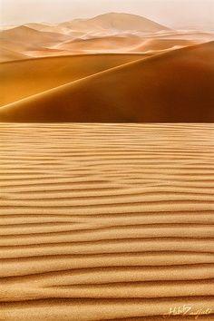 Deserto! Il luogo dove si può' valutare appieno la propria piccolezza di essere umano , difronte alla grandiosità del Creato