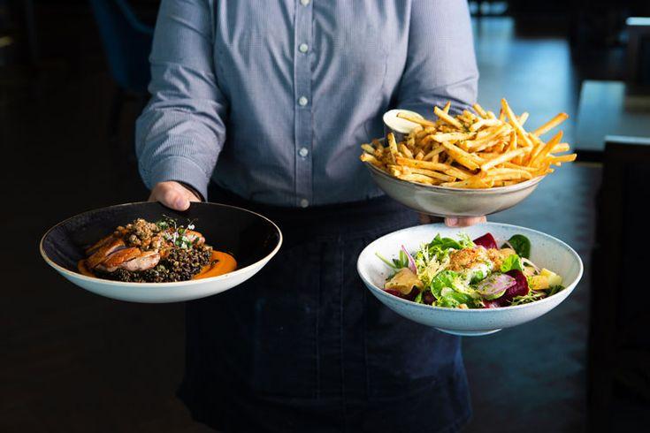 Restaurant review spirits tales at the oaklander hotel