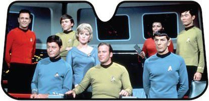 Star Trek Bridge Car Sun Shade - http://www.thlog.com/star-trek-bridge-car-sun-shade/