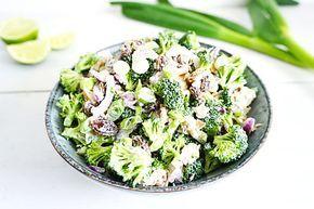 Richting de lente en zomer krijg ik altijd zin in salades. Allereerst omdat het vaak makkelijk te maken is, maar vooral ook omdat het lekker en voedzaam is. Voor deze salade heb ik de broccoli niet gekookt, nooit rauwe broccoli op? Echt doen! Rauwe broccoli salade De meeste mensen eten …