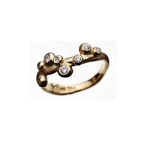 Guldring med diamanter. Gold ring with #diamonds #milasjewellery