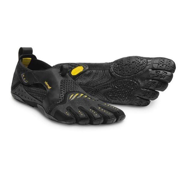 La Vibram Fivefingers Signa black è la scarpa ideale per chi pratica sport acquatici. Surfisti, Canoisti, Velisti, amanti del Kite oppure fanatici del SUP.