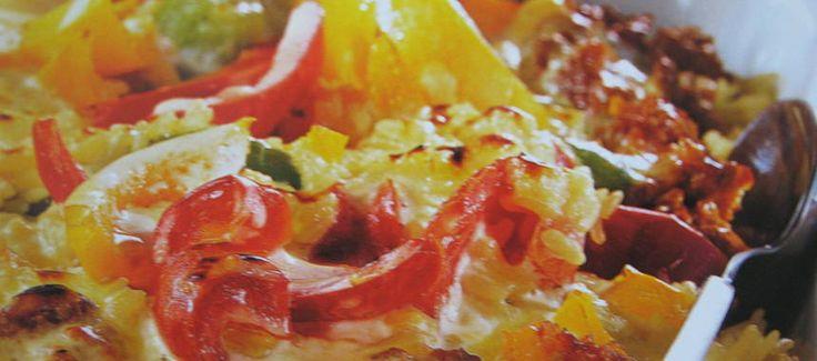 Risgratäng med köttfärs- och tomatsås - Recept - Matklubben.se
