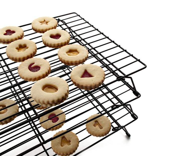 NEW item. 3 tier cookie cooling rack. Let your delicious delicacies cool off on the IBILI 3-Tier Cooling Rack. The steel set's superior nonstick performance makes for an easy release for your baked goodies and an easy clean up.