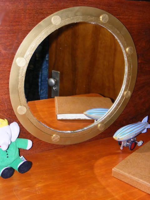 Porthole mirror DIY