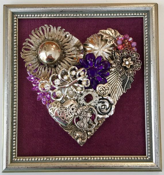 Framed Vintage Jewelry Artwork This Vintage Renewed picture is a One of a Kind beautifully created piece. In all of my art I use mostly vintage and high quality costume jewelry placed atop pearl beads. Each vintage piece has been hand selected and hand placed, making it a truly #vintagejewelry