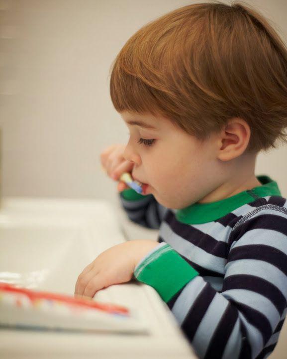 Motherhood Mondays: Brushing kids' teeth