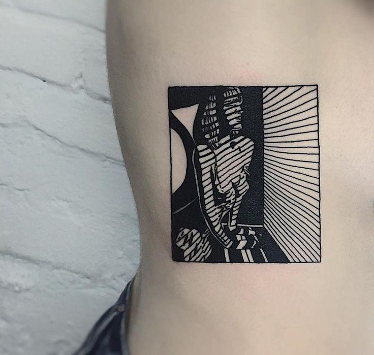 Minimalistische und fotorealistische Tattoos für …