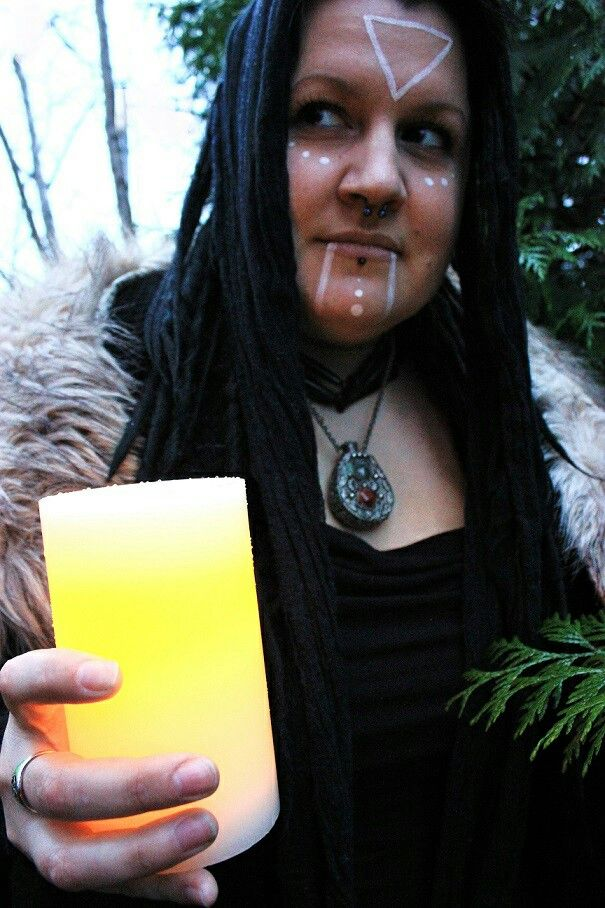 Nera B for Hot Shaman (insta: @hot_shaman)