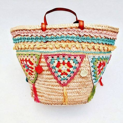 So many cute ideas to embellish accessories and home goods! crochetesymas