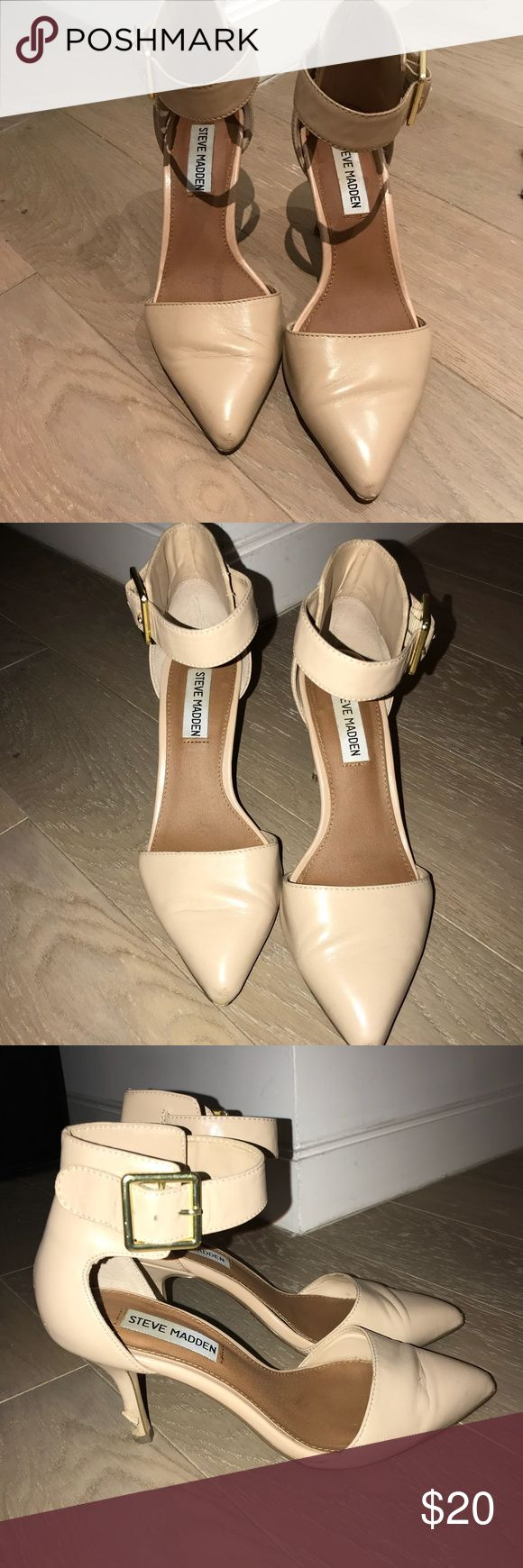 Steve Madden Ankle Strap Nude Pump Steve Madden Classic Nude Pointy Toe Ankle Strap Pump. Low heel makes them great for work. Slightly worn heel but plastic cover could easily be replaced at your local shoe repair store...I've had it done to other shoes for $10 :) Steve Madden Shoes Heels #anklestrapsheelslow