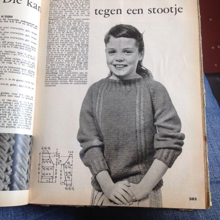 Sportieve trui voor meisjes en jongens Ariadne okt nov 63 Pag 302