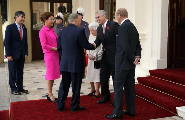 Queen Elizabeth II Photos - Queen Elizabeth II accompanied by Prince Philip, Duke of Edinburgh and Prince Andrew, Duke of York receives the President of the Republic of Kazakhstan Nursultan Nazarbayev and Deputy Prime Minister Dariga Nazarbayeva at Buckingham Palace on November 4, 2015 in London, England. The President of Kazakhstan is in the UK on an official visit as a guest of the British Government. He is accompanied by his wife and daughter, Dariga Nazarbayeva, who is also the Deputy…