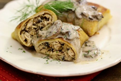 Chicken and Mushroom Blini With Creamy Mushroom Sauce