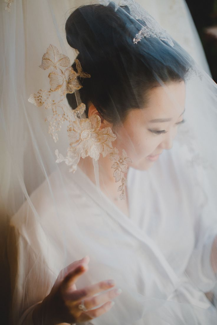 #veils  Photography: AndySeo Studio - andyseostudio.com  Read More: http://www.stylemepretty.com/2014/08/27/garden-ranch-malibu-wedding/