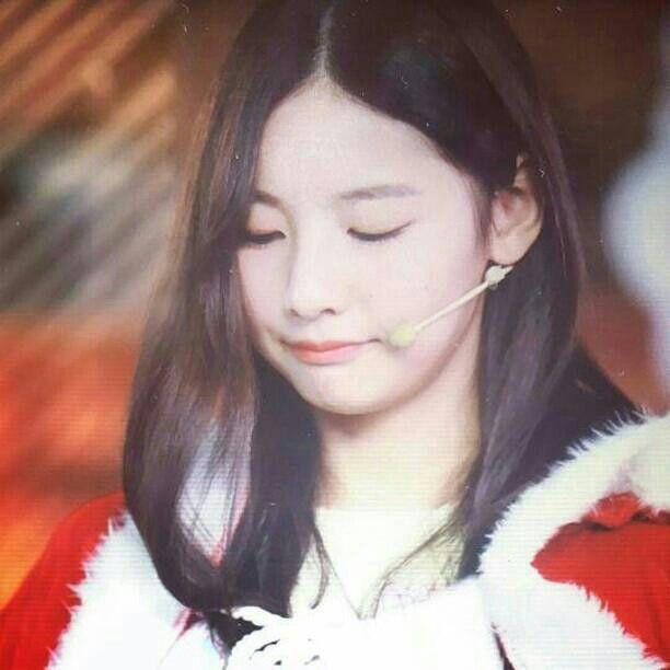 Zhao Yue (赵粤) Akira SNH48 Team NII