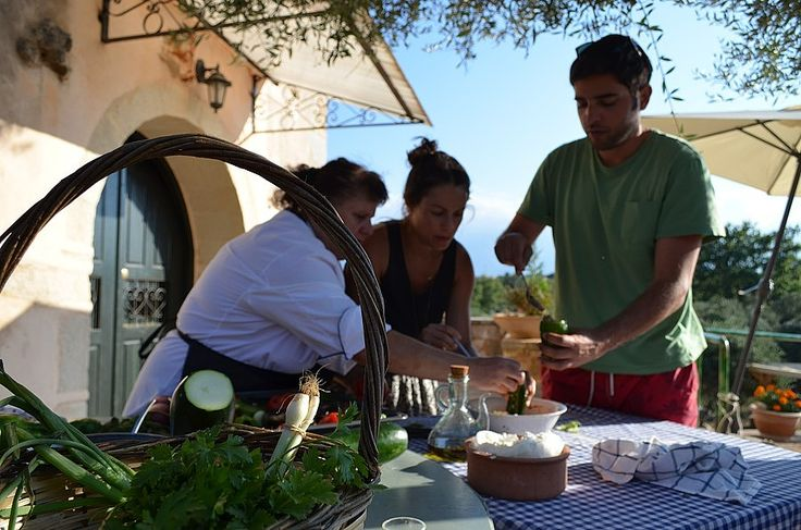 The Scotsman have highlighted our recent Greek-Scottish menu in an article that features Hand Picked Greece cooking holidays.