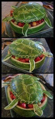Watermelon Sea Turtle... I don't eat watermelon but this is AWESOME and I would totally try it!