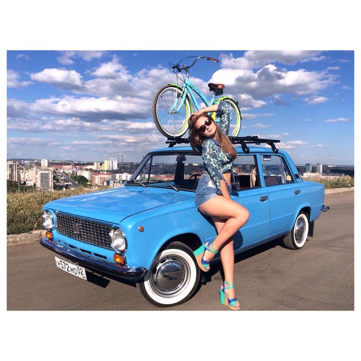 Zhiguli Lada Girl Russia 2101 21011 retro vintage car blue bike nirve wispy cruiser cool mint summer