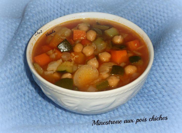 Pas envie de grand chose pour le dîner ....... Prenez 2 bols de cette soupe et vous aurez un plat complet pour 4PP . Pour avoir un menu équilibré ; Ajoutez un produit laitier et 1 fruit recette sur le livre WW * les soupes de 2009* PARFAIT pour 1 JSC Pour...