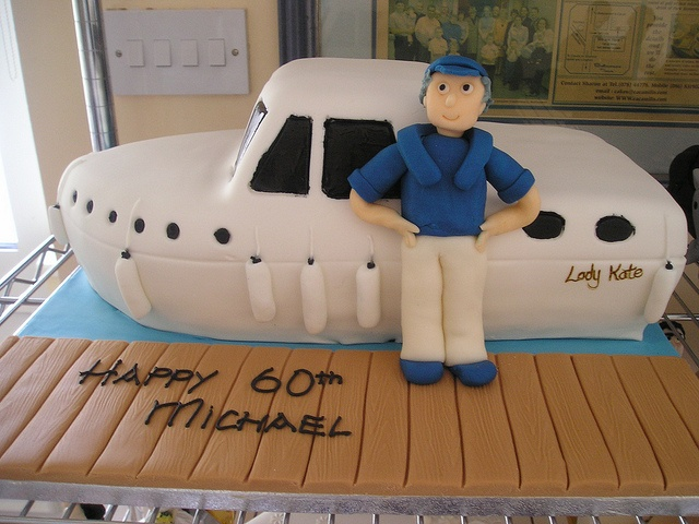 Michael's Boat Cake by cacamilis, via Flickr