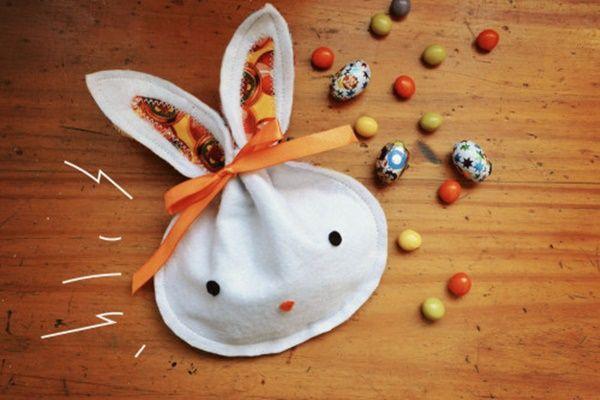 Bolsa de conejito para envolver huevos de Pascua