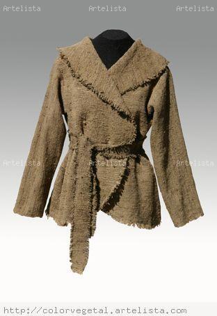 vestuario en telar mapuche