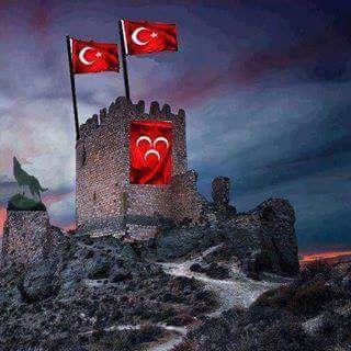 Kahramanlar can verir yurdu yaşatmak için, Toprak asla vermez, Siz her zaman Türk'e kefen biçin, Bir Türk'e bile gücünüz yetmez..!