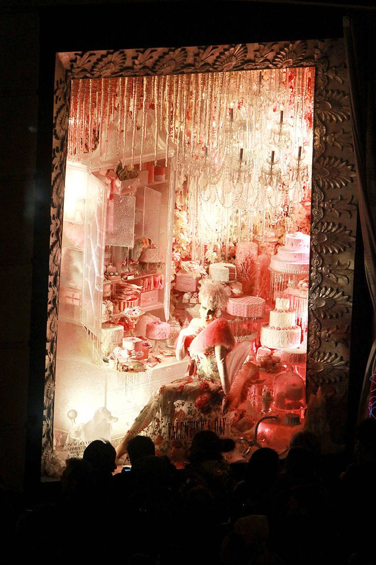 Best Shop Window Images On Pinterest Window Displays Windows - The 8 best holiday window displays in the world