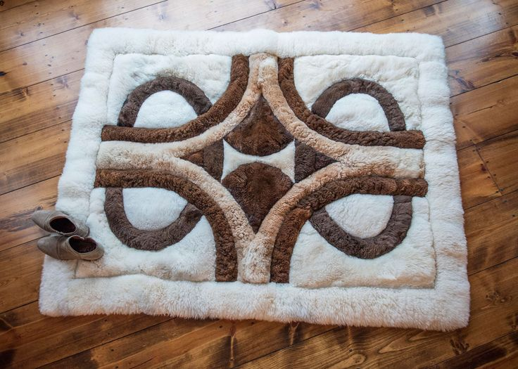 Good Alpaca Rug Or Bed Coverlet
