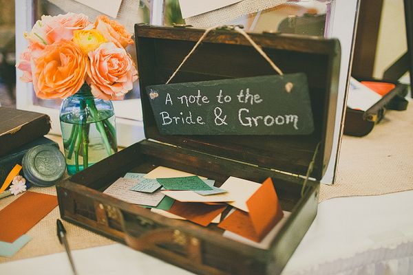 Cute idea for guests to pass along their thoughts