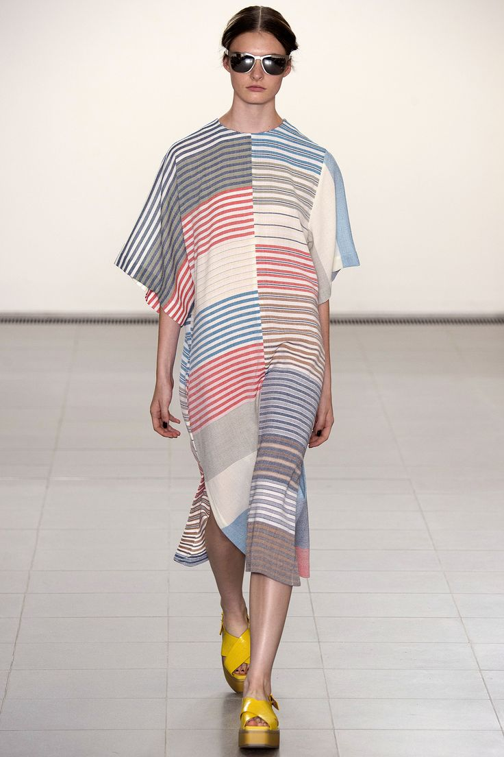 Paul Smith Spring 2016 Ready-to-Wear Collection Photos - Vogue