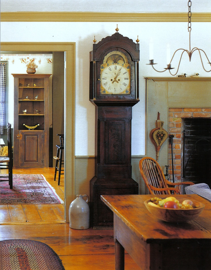 Eye For Design: Decorating In The Primitive Colonial Style Love the  grandfather clock