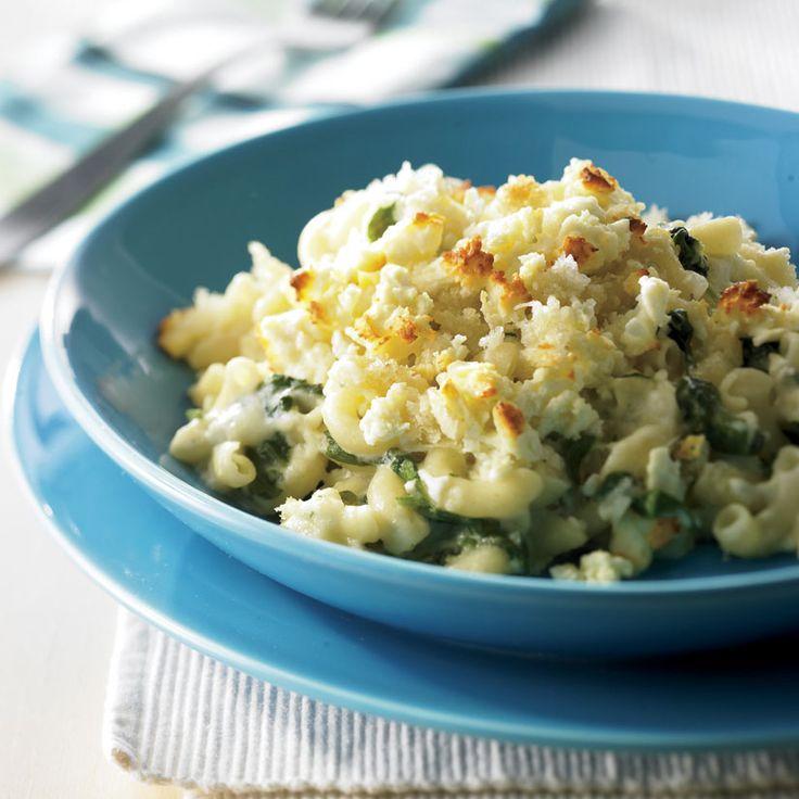 Macaronis au fromage et aux épinards à la grecque