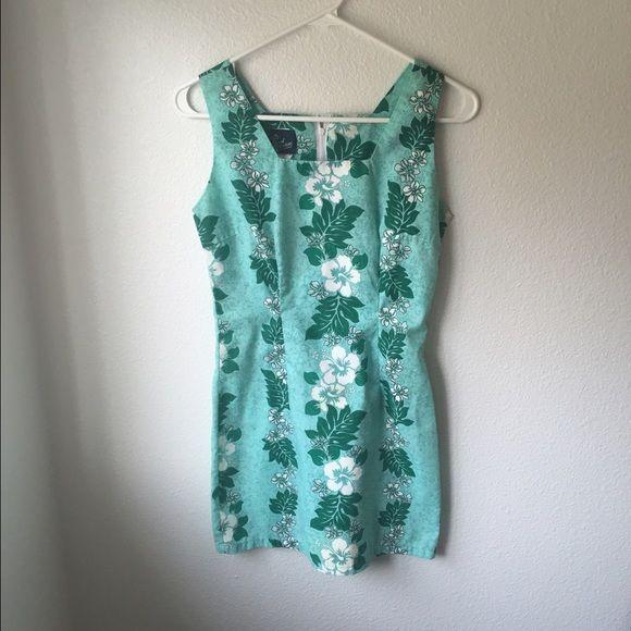 Green luau dress Made in Hawaii Luau dress Royal creations Dresses Mini