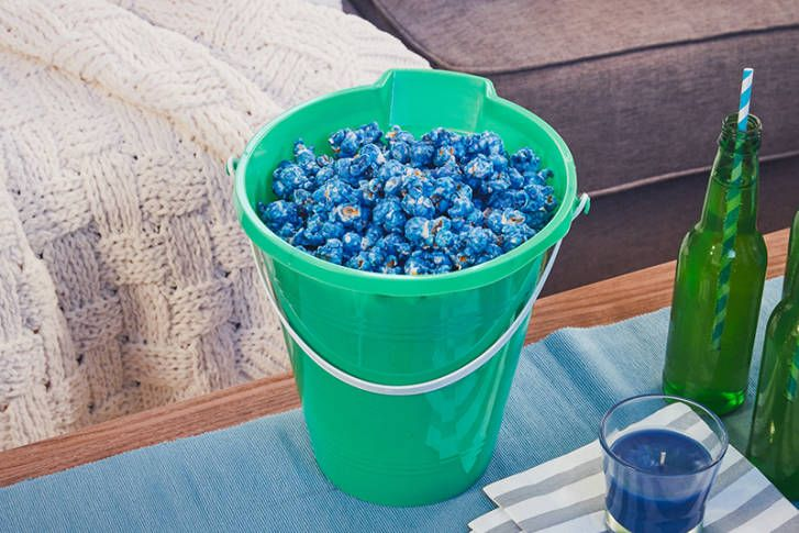 This Finding Dory blue popcorn recipe is sure to make waves at your next movie night.