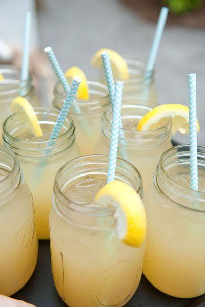 mason jar lemonade | Reese Moore #wedding
